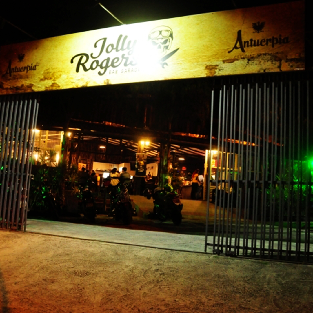 reinauguracao jolly rogers garage bar